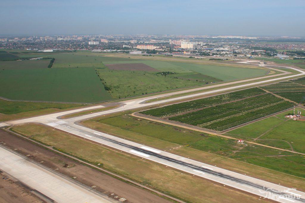 Строительство взлетно-посадочной полосы в Краснодаре