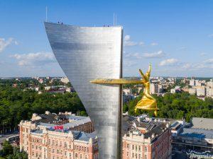 Стела в Ростове на Театральной площади