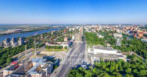 Парк Революции и Театральная площадь летним утром. Код товара: DJI_0015